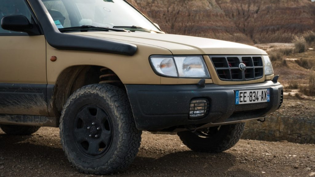 off road subaru forester desert front end